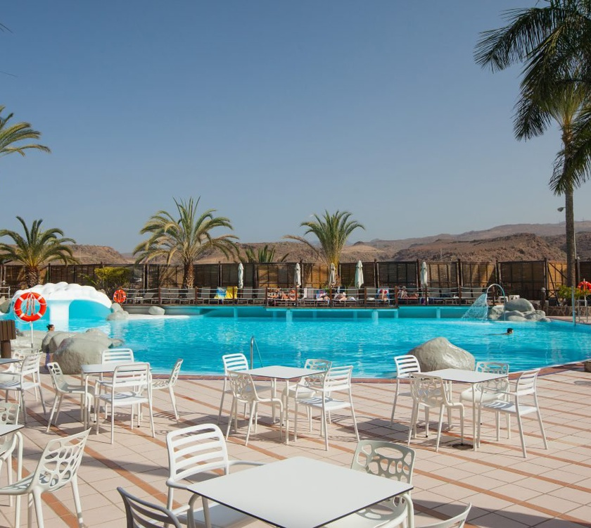 Terrace abora continental by lopesan hotels gran canaria